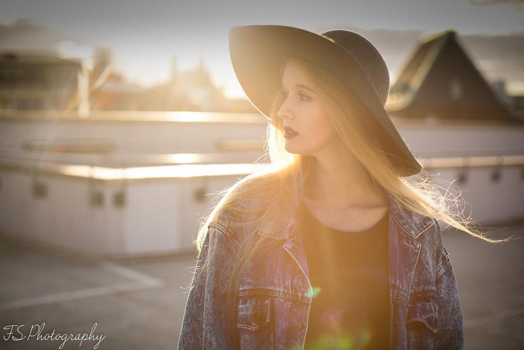 Claudia Harmony